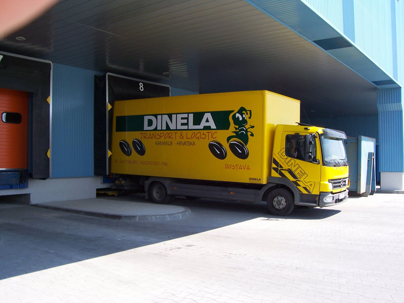 DINELA-transporti_(1).jpg